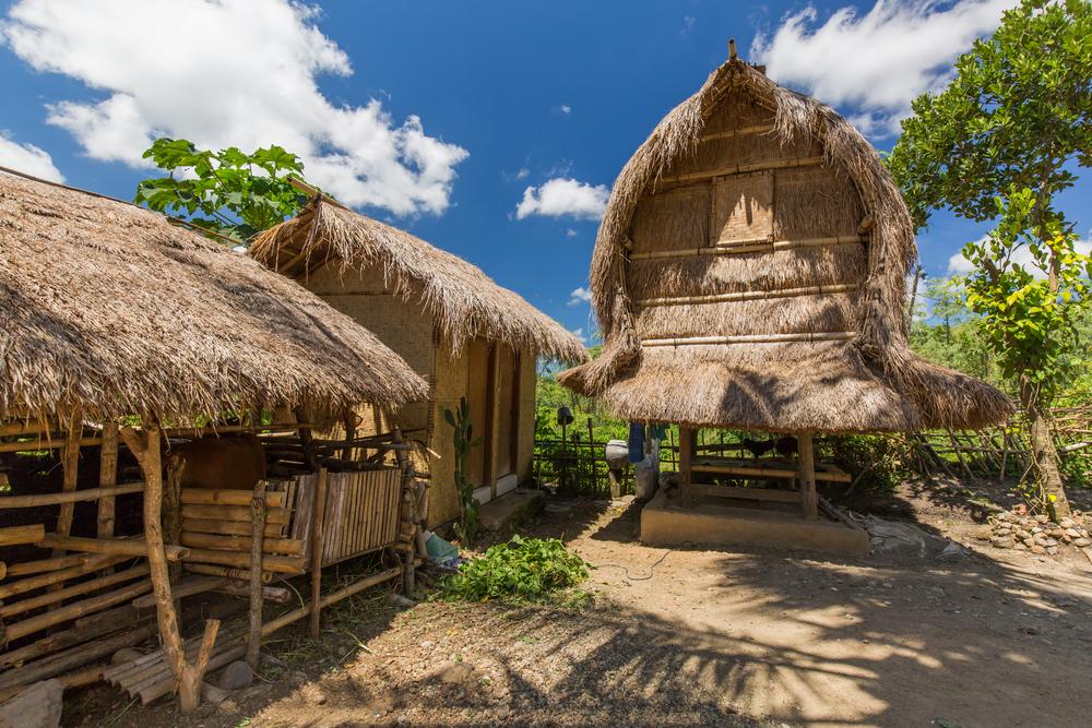 traditional-sasak-village